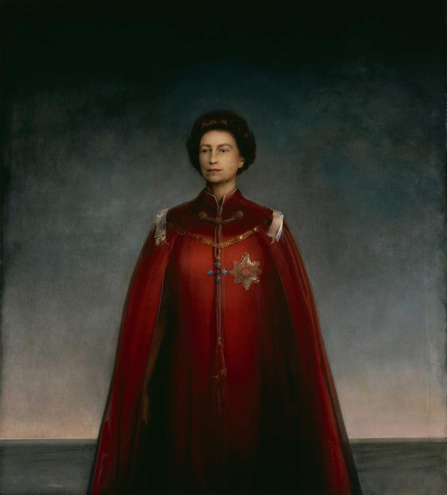 Large queen elizabeth ii