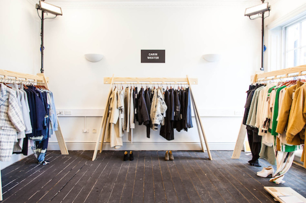 Large represent showroom aw14 11