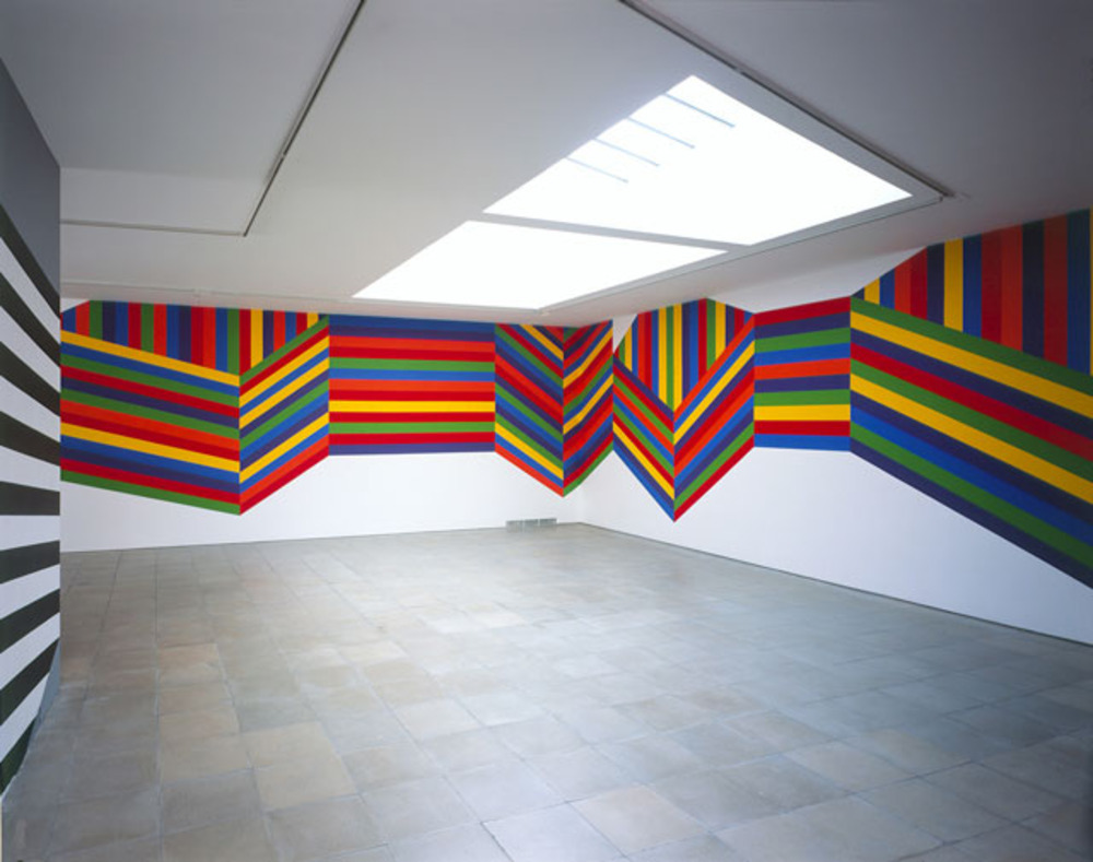 Large lewitt   wall drawing 1138 forms composed of bands of colour  2004